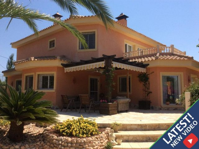 For sale 5 bedroom villa in Hondon de las Nieves