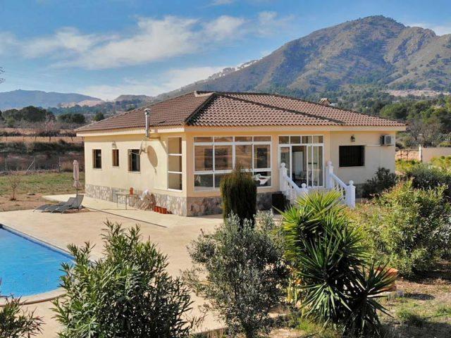 Villa for Sale near La Romana, Hondon, Alicante Region #940