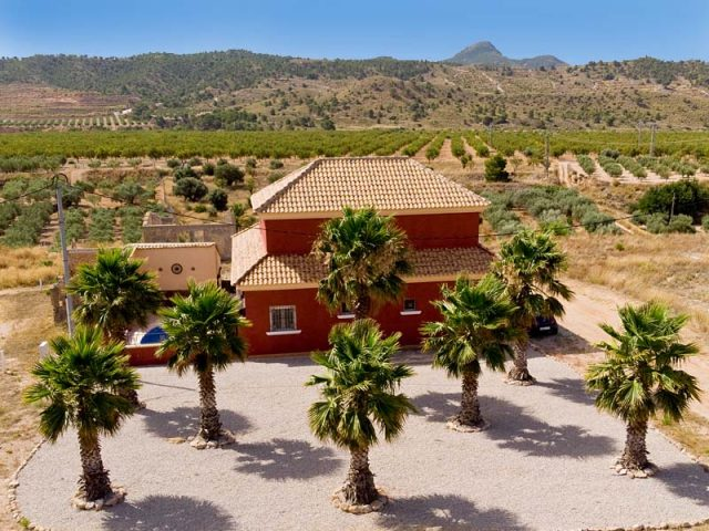 Macisvenda Villa for Sale : Hondon Valley, Spain